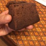 本日のおやつはいただきもののチョコレートケーキ(^^)